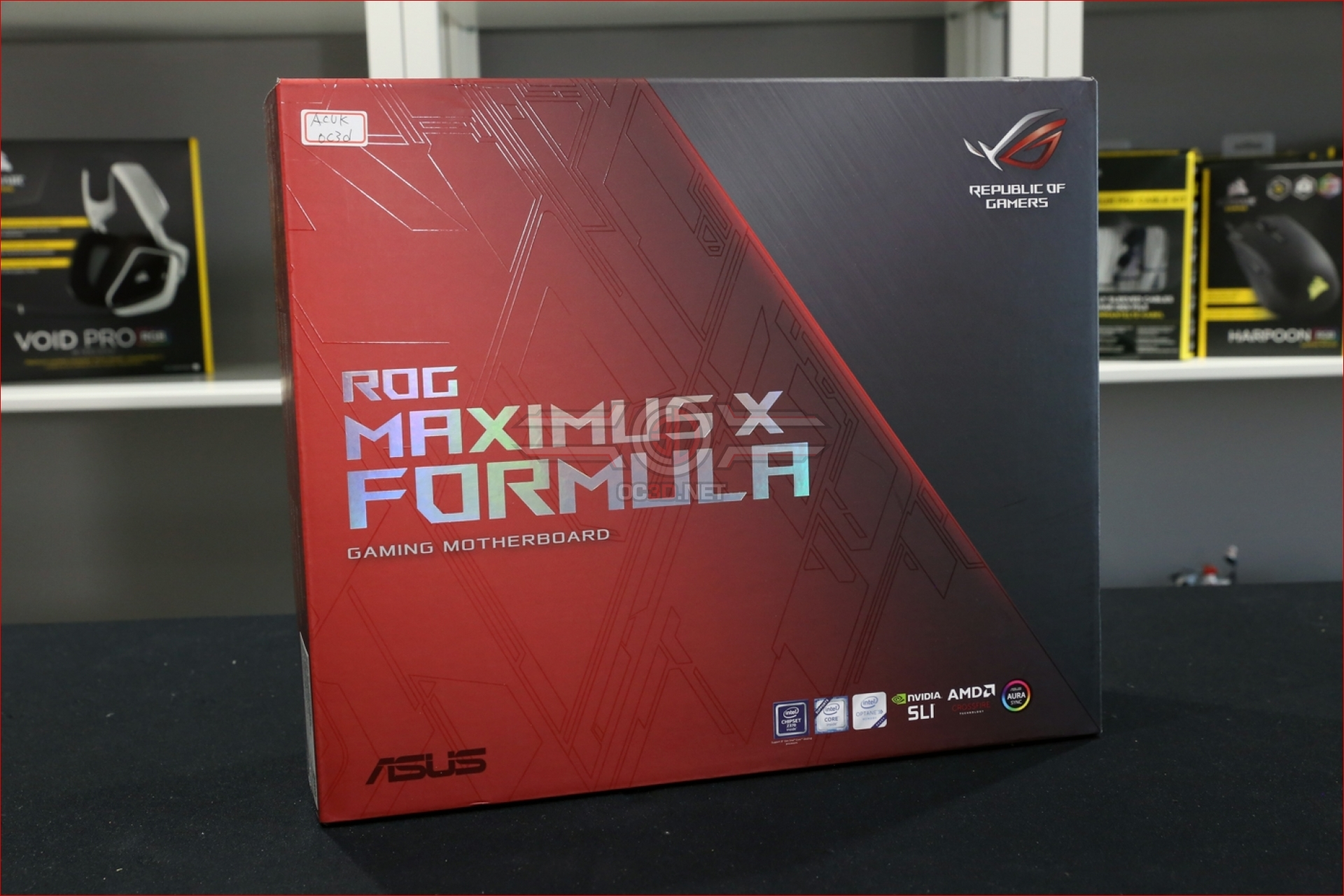 asus rog z370 maximus x formula review up close cpu mainboard oc3d review. Black Bedroom Furniture Sets. Home Design Ideas