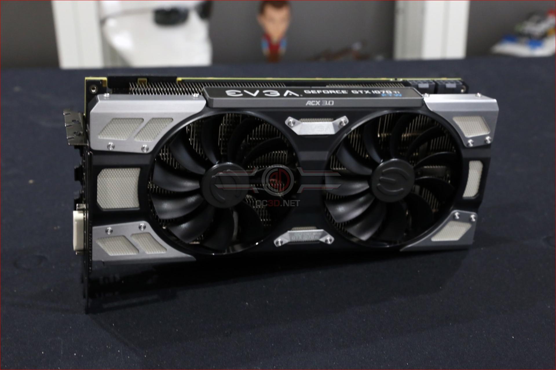 EVGA GTX 1070 Ti FTW Ultra Silent Review | Up Close | GPU & Displays