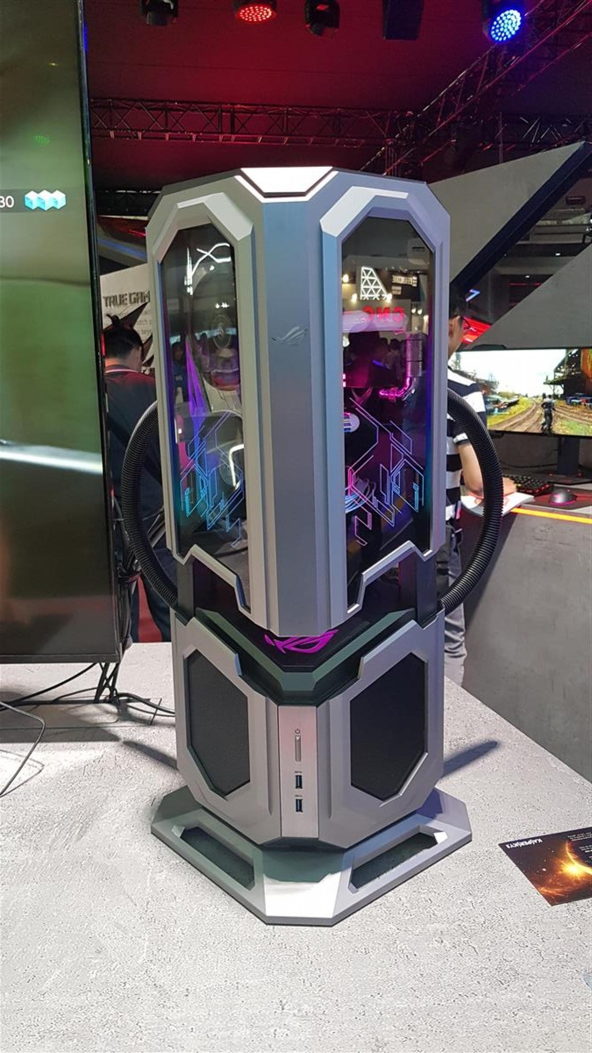Resultado de imagen para ASUS ROG Computex 2018 booth