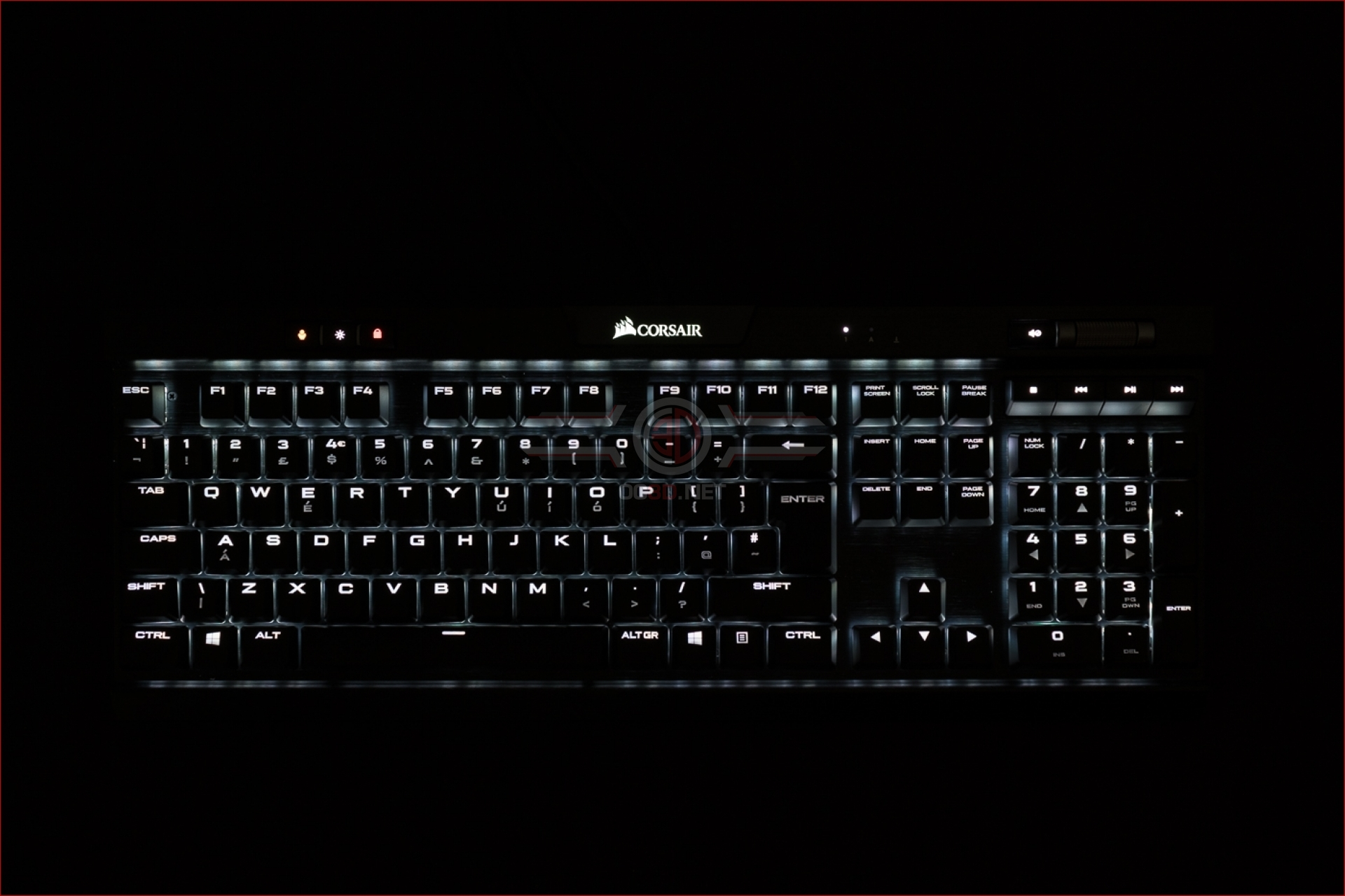 Corsair K70 RGB Mk 2 Low Profile Keyboard Review | Lighting | Input