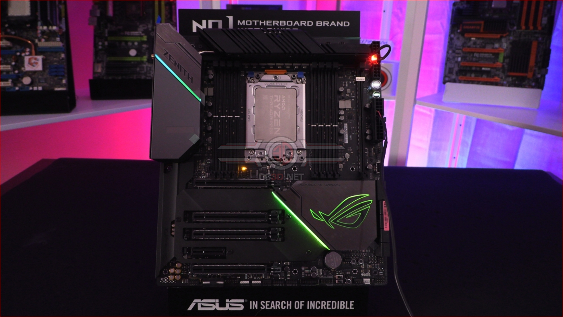 ASUS X399 ROG Zenith Extreme Alpha Review | Lighting | CPU