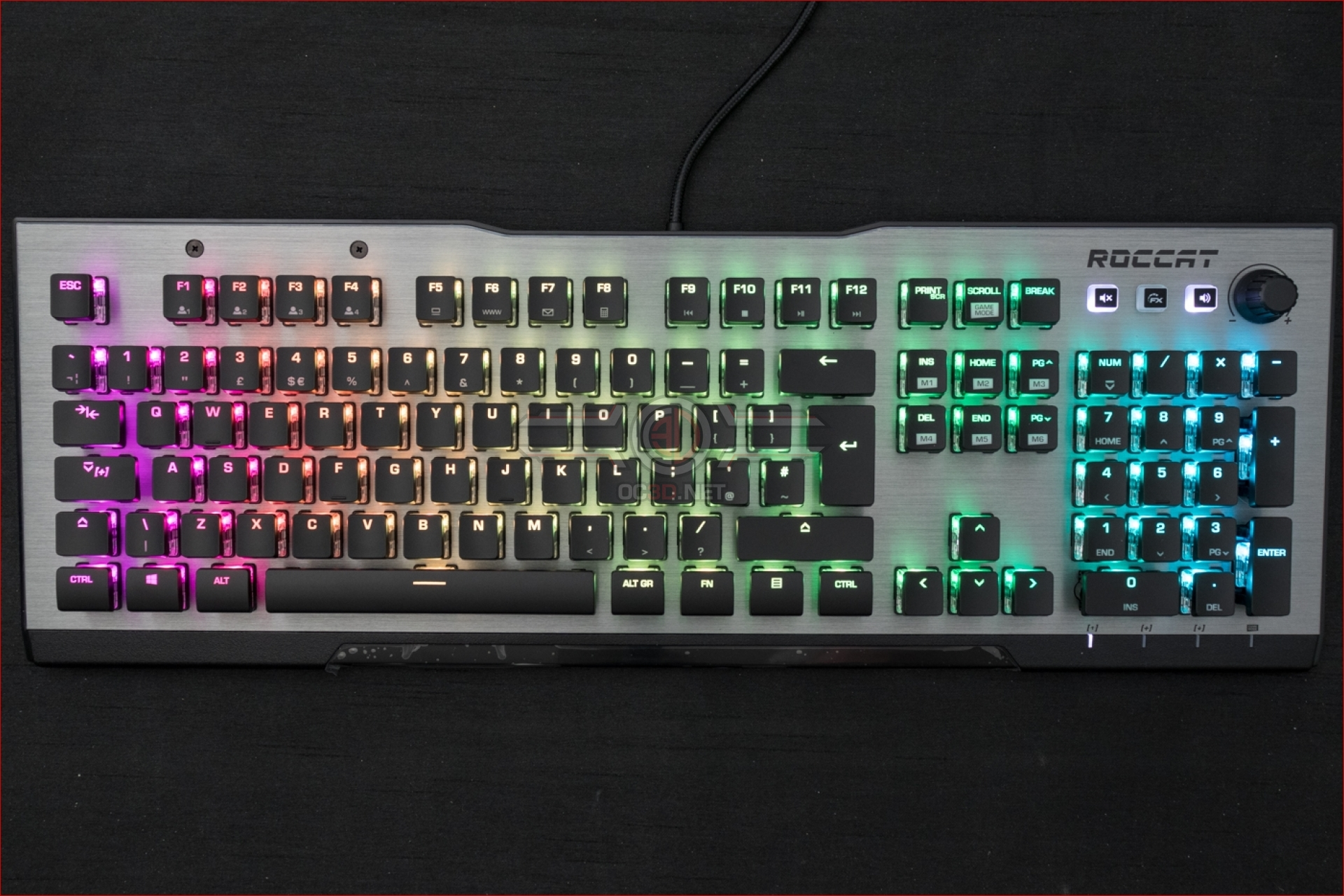 4997c3cc0fc Roccat Vulcan 120 AIMO Gaming Keyboard Review | Lighting | Input ...