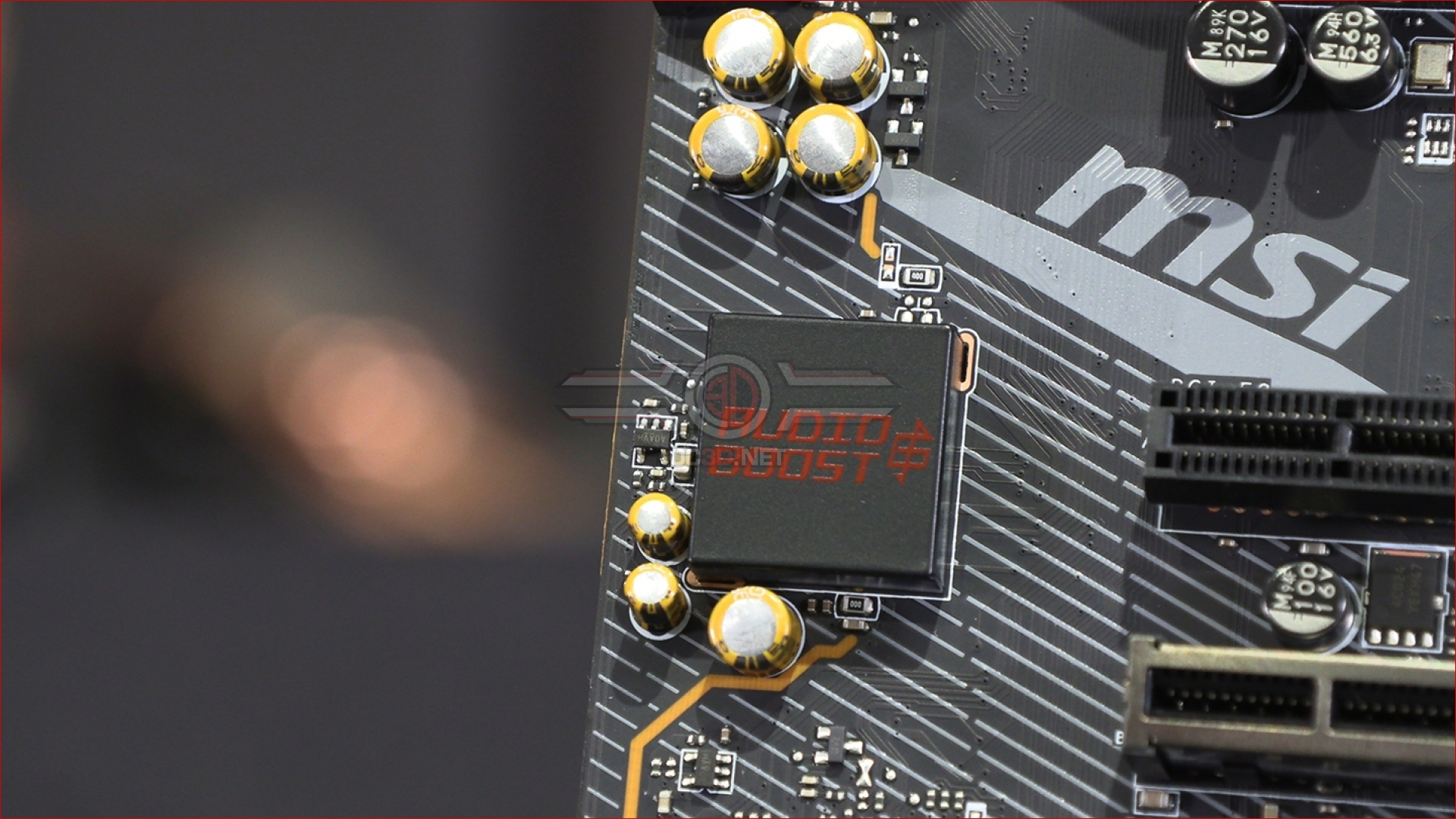 MSI MPG X570 Gaming Pro Carbon WiFi Preview   Up Close - In